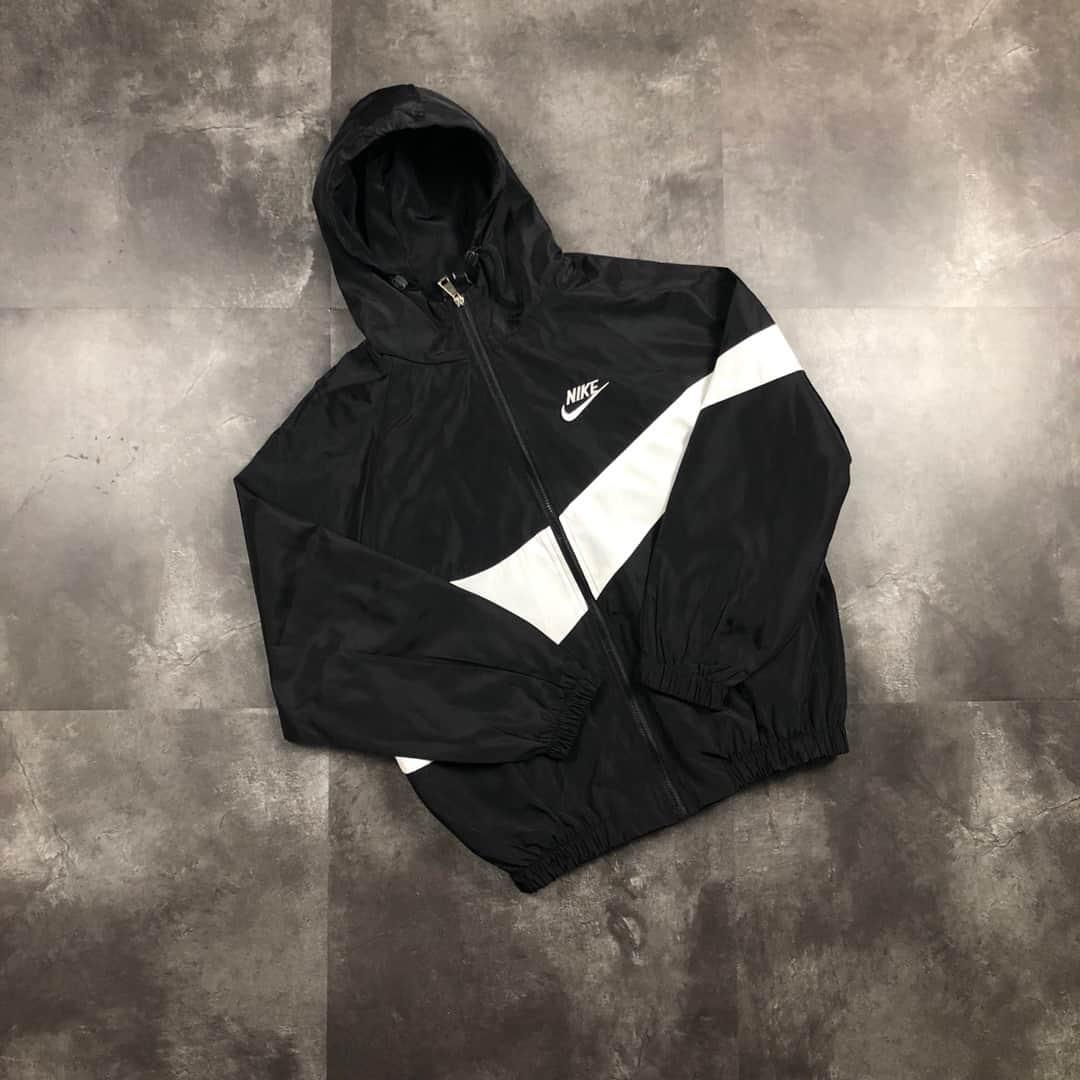 antecedentes salir níquel  Cortavientos Nike NK471 Black/Red — TrapXShop